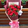 Εντυπωσιακή κόκκινη ανθοδέσμη 12 τριαντάφυλλα +40,00€